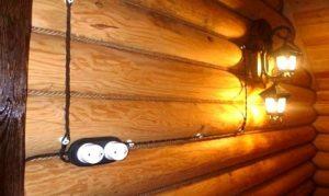 Особенности проведения ретро проводки в деревянном доме